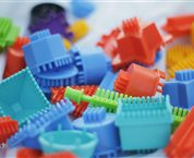 Solutions for plastic coating